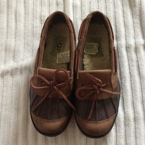 UGG Australia 'Ashdale' duck shoes, size 5.5